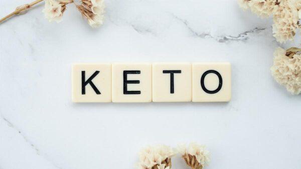 Dieta chetogenica: vantaggi e soluzioni alternative